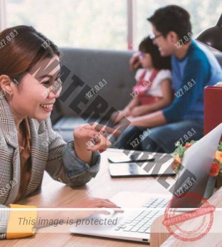 depositphotos_362916544-stock-photo-asian-businesswoman-mother-working-home
